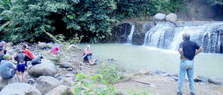 Curug Sedong Dan Guha Ciwadon Potensi Wisata Desa Cibodas