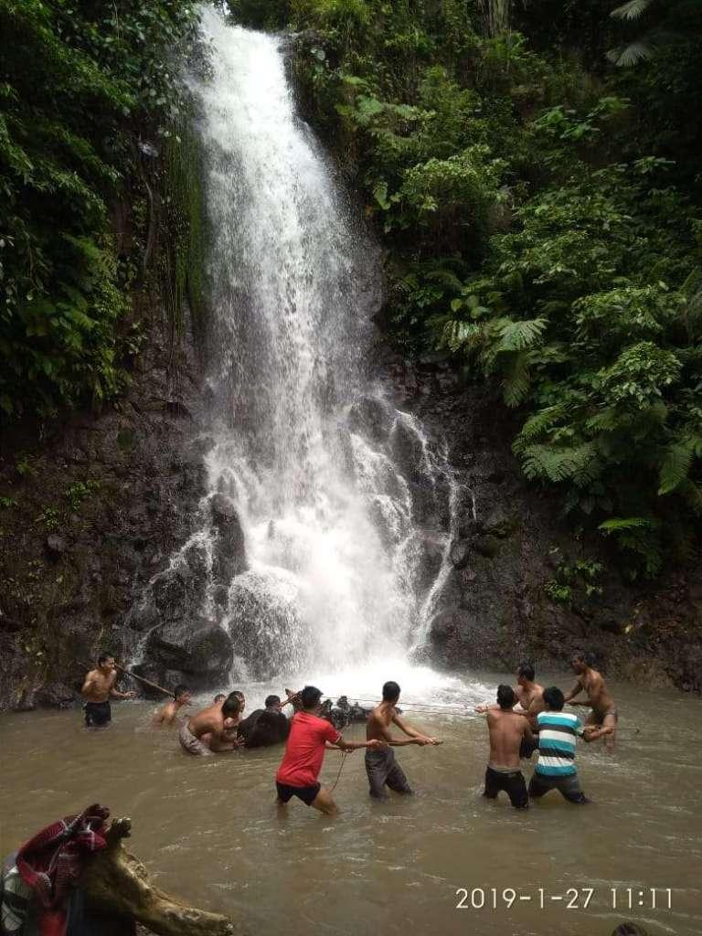 Wisata Alam Air Terjun Curug Lawang Mulai di Benahi - Infodesaku